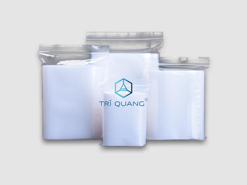 Có thể sử dụng túi zipper để chứa đựng sản phẩm các loại một cách tiện dụng