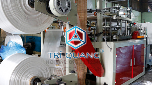 Quy trình sản xuất bao tay nilon tại Trí Quang bài bản, khoa học