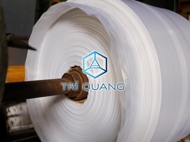Quy trình sản xuất túi nilong được thực hiện bài bản, đảm bảo mang lại thành phẩm đạt chuẩn chất lượng