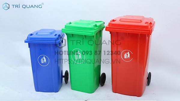 Túi đựng rác với kích thước lớn, mang đến sự thuận tiện đáng kể trong công tác ứng dụng