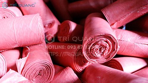 Chất liệu sử dụng sản xuất bao bì nhựa được cân nhắc, kiểm tra kỹ lưỡng trên cơ sở chuẩn chất lượng, an toàn, vệ sinh