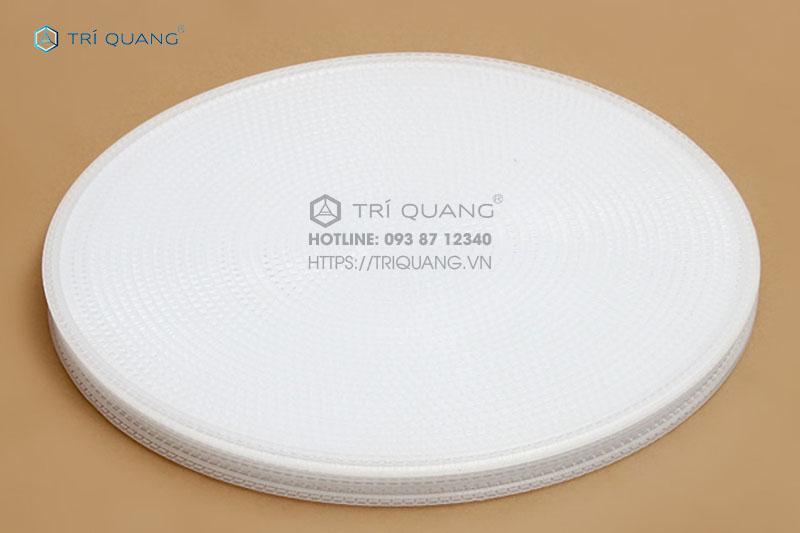 Vỉ với kết cấu dạng tròn, được làm từ chất liệu đảm bảo tính vệ sinh, an toàn